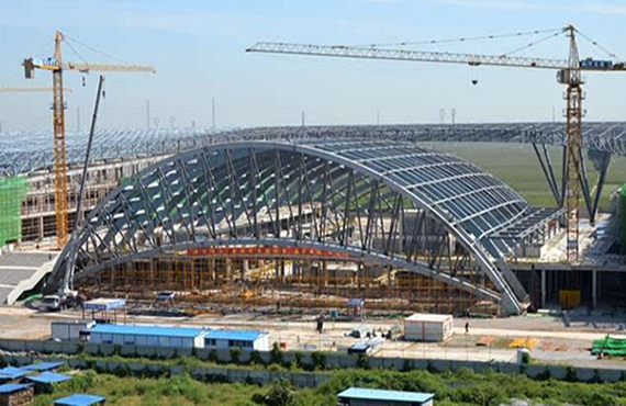 Analysis of Focus Points and Difficulties of the Stadium Steel Structure Project