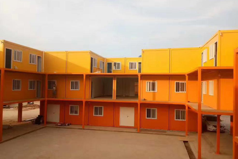 Steel structure residential container house-Will you live in such a house